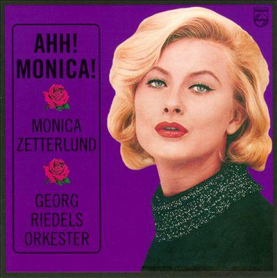 Ahh! Monica!