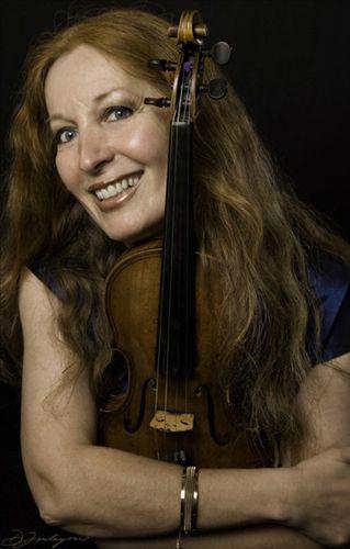Elmira Darvarova