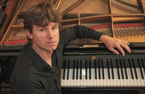 Julian Riem
