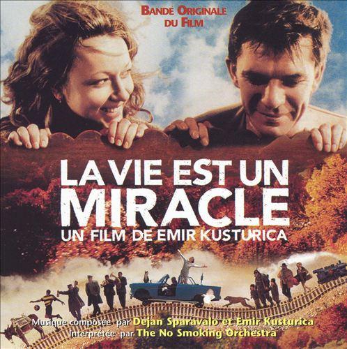 La Vie Est un Miracle [Bonus DVD]