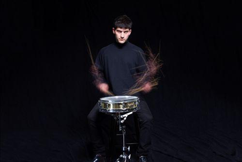 Eli Keszler
